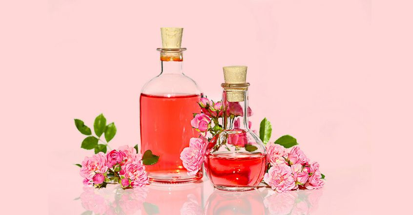 beauty-benefits-of-rose-water