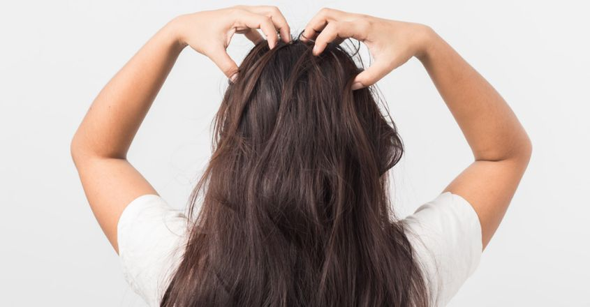 benefits-of-massaging-hair-with-oil