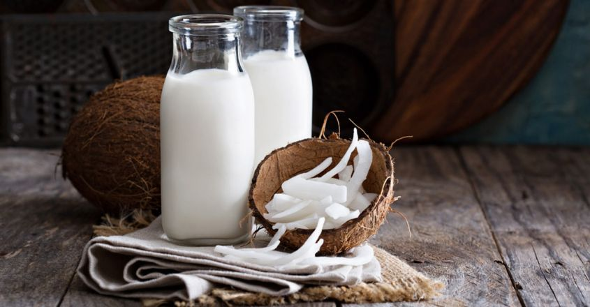 use-coconut-milk-hair-mask-to-prevent-hair-fall-and-dandruff