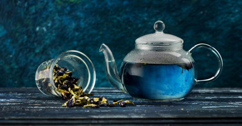 use-blue-tea-for-hair-care-and-skin-glowing
