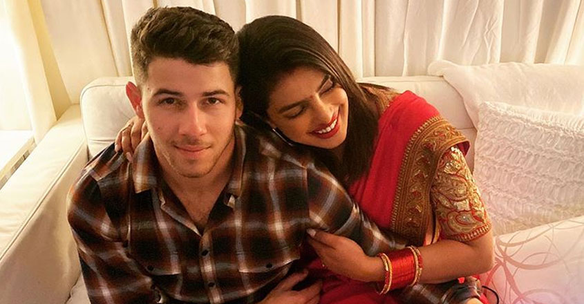 nick-jonas-reveals-how-he-maintaining-long-distance-relationship-with-Priyanka-chopra
