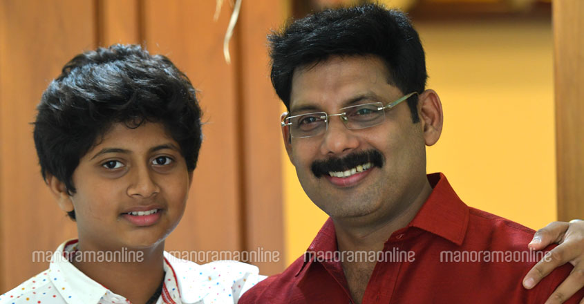 aneesh-ravi-with-son-adwaith