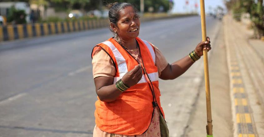story-of-a-sweeper-in-humans-of-Bombay