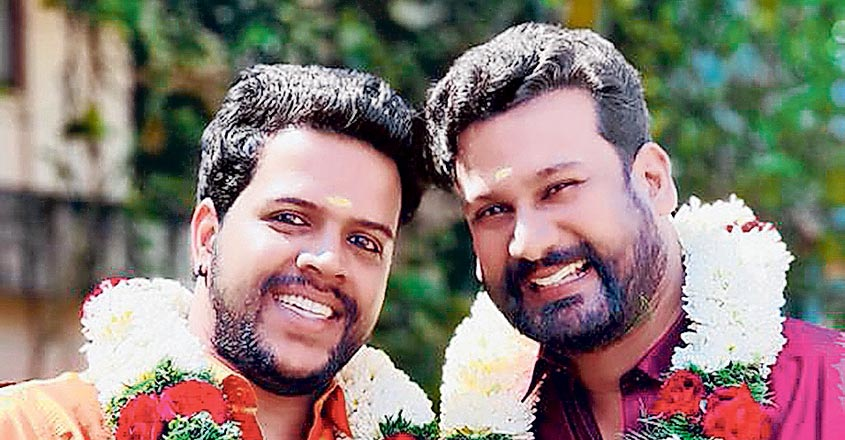 gay-couple-nikesh-sonu-velentines-day-special