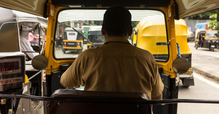 auto-driver-feed-migrants-uses-money-saved-for-wedding