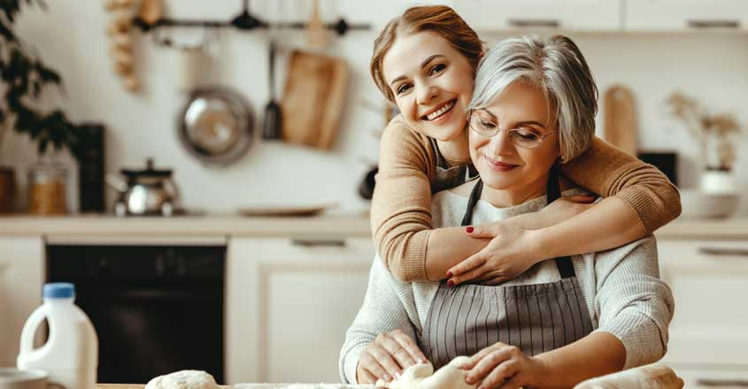 simple-ways-to-bond-with-your-mother-in-law