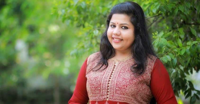 sneha-sreekumar-birthday-wishes-to-vinod-kovoor