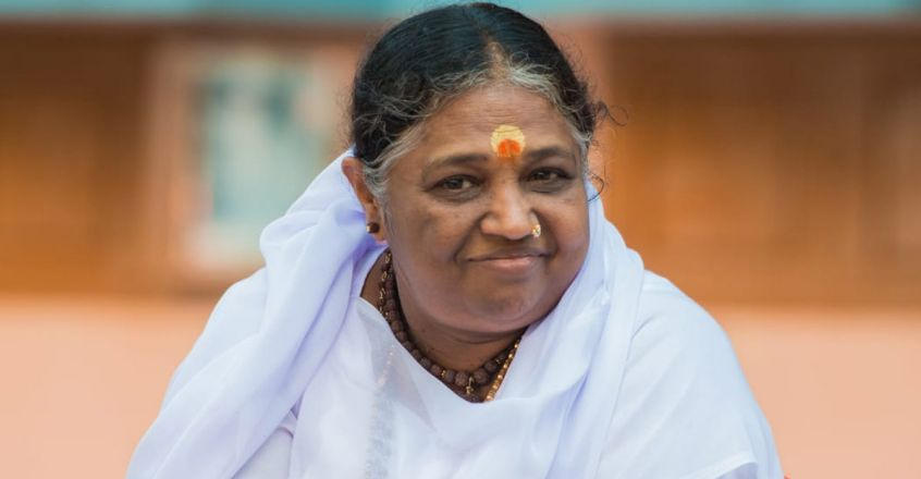 mata-amritanandamayi-turns-67-sharing-love-and-affection-to-the-world