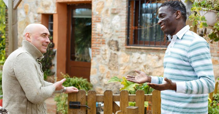 ways-to-maintain-good-relationship-with-your-neighbor