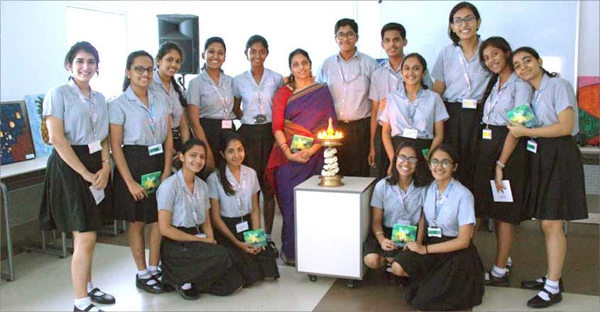 hues-painting-exhibition-students-of-art-choice-school