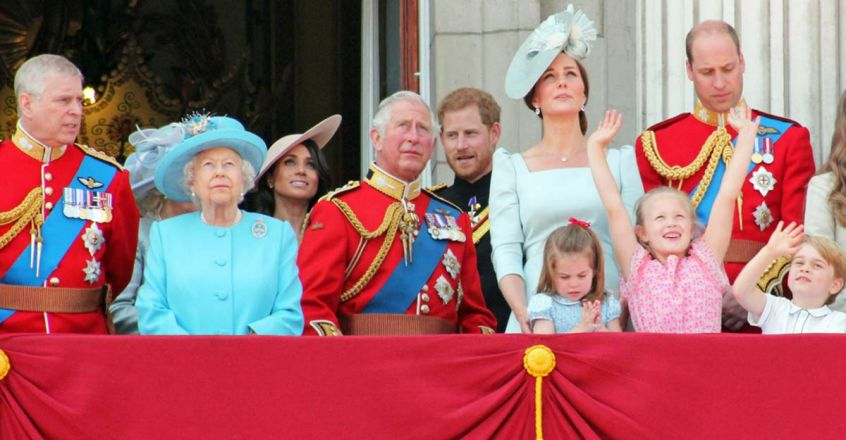 fashion-rules-and-dress-codes-of-british-royal-family