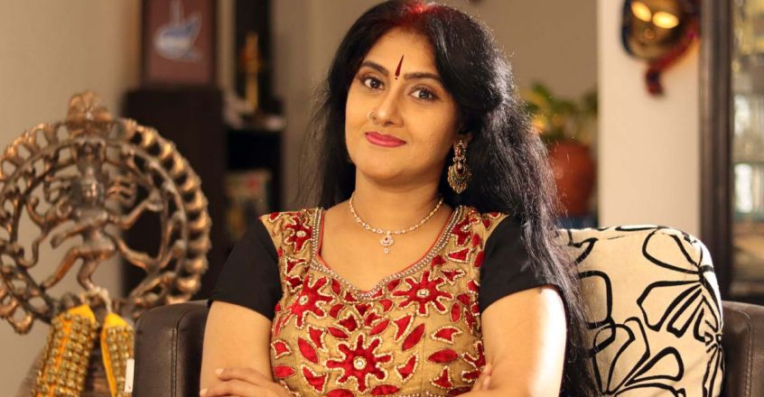 actress-anju-aravind-style-statement-and-life