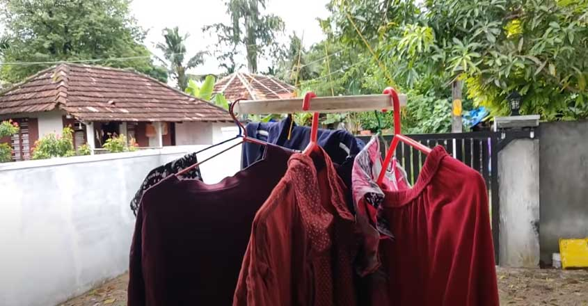 dry-clothes-simply-in-monsoon