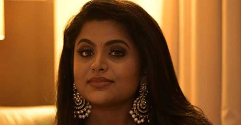 veena-nair-filed-complaint-against-cyber-bullying