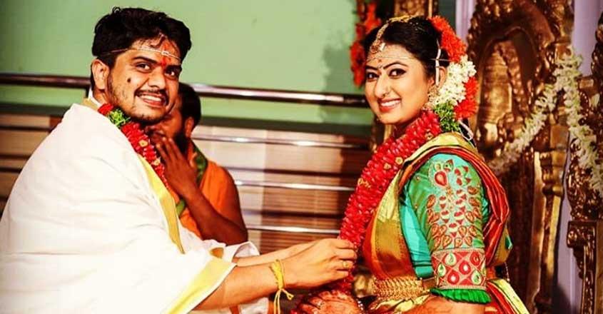actress-latha-sangaraju-got-married