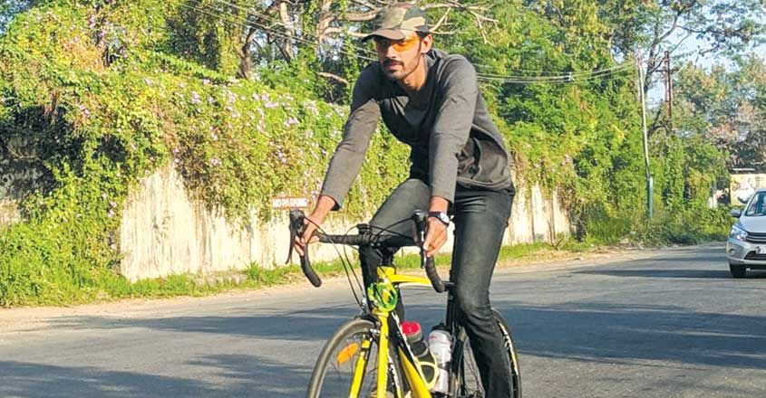 kochi-to-vagamon-cycle-journy-vishnu-s-message-to-society