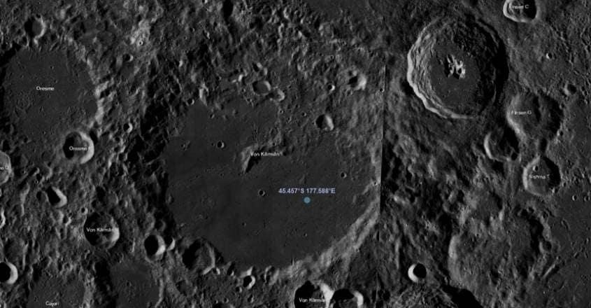 moon_mantle