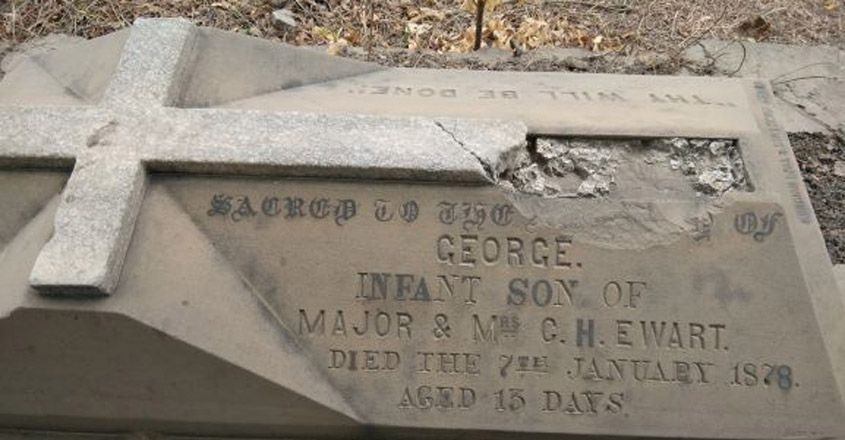 1.-Grave-of-a-child-of-13-days-of-age..