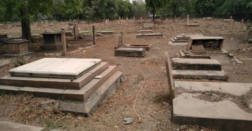 5.-Graves-and-graves-everywhere.