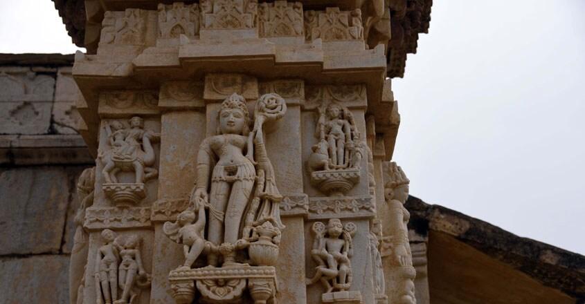 meera-bhai-temple2