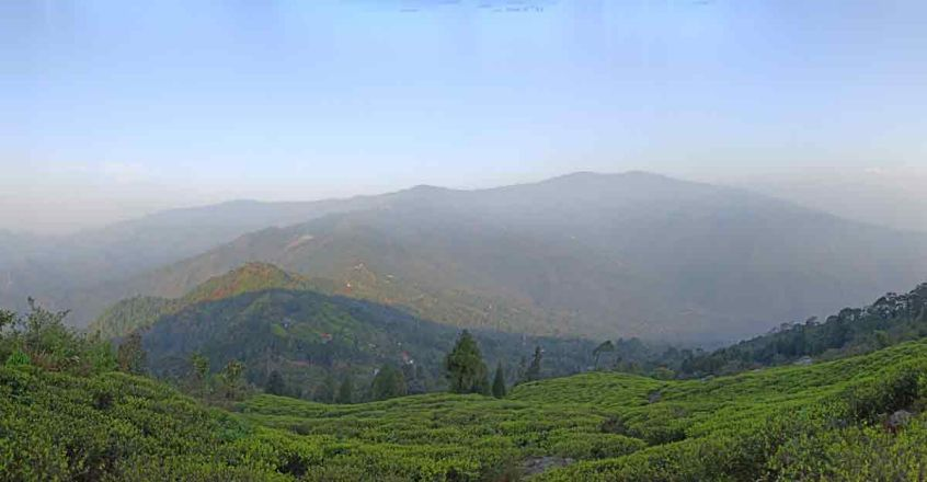 mountains-in-the-top-of-durpin-dara-3