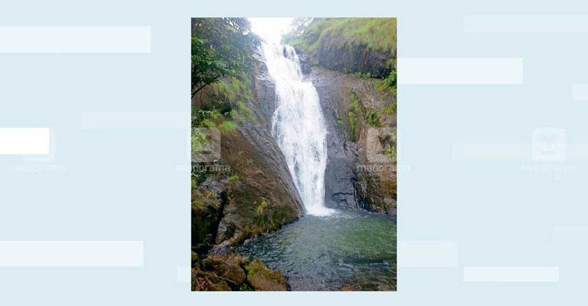 5kottayam-kattikayam-water-fall