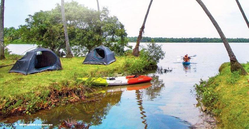 Kavvayi-Backwaters1