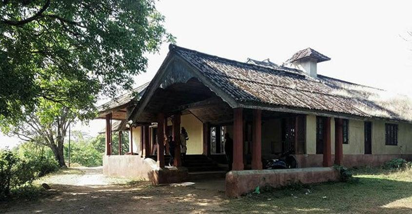 ammachi-kottaram-kuttikanam2