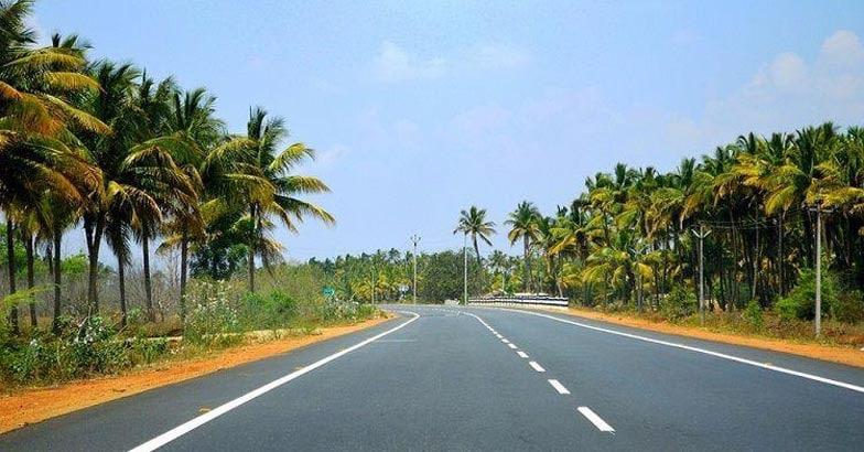 road-kerala_tourism_road_pixabay-compressed