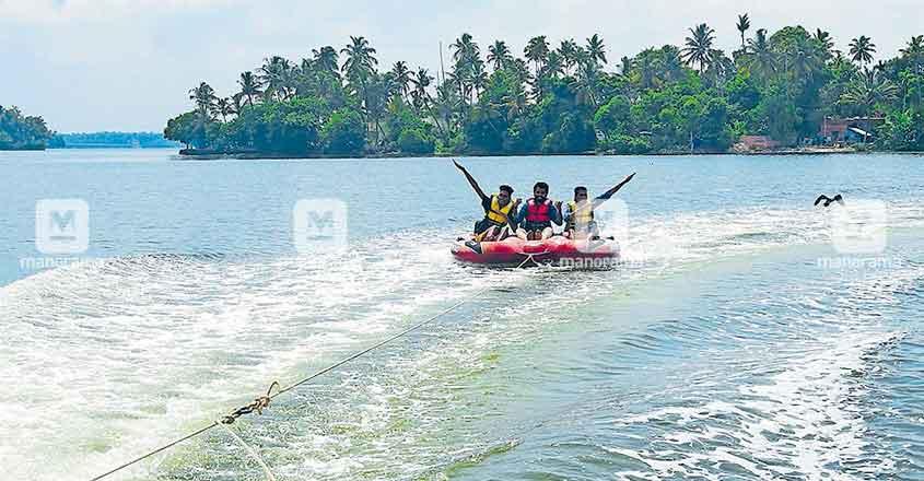 kollam-bumber-boat