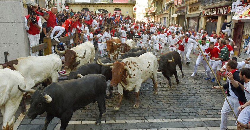 BULLFIGHTING-ESP-SAN-FERMIN