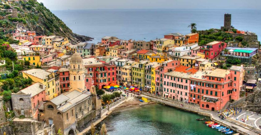 cliff-side-town-italy