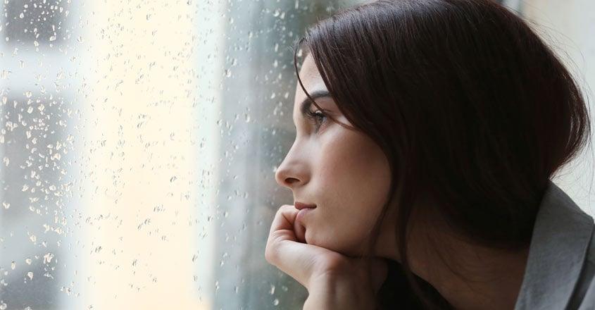 dpressed-woman