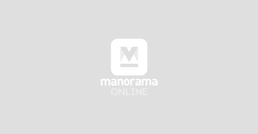 ഭരണകൂടത്തിനനുസരിച്ച് പല മാധ്യമങ്ങളും നിലപാട് മാറ്റി: രവിഷ് കുമാർ